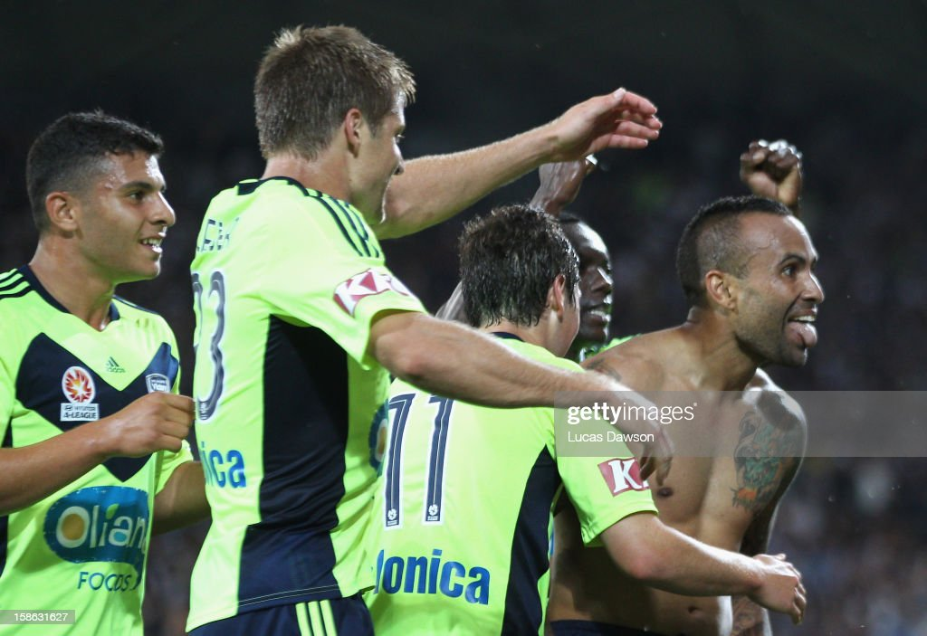 A-League Rd 12 - Heart v Victory