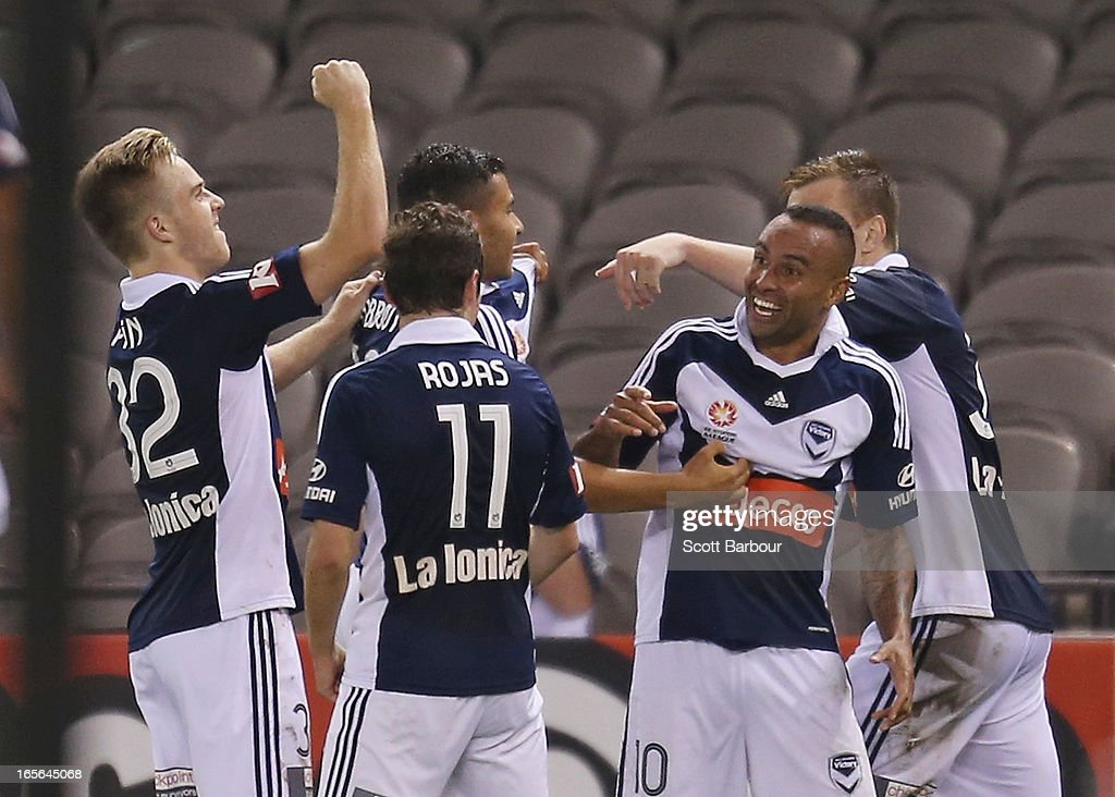<a gi-track='captionPersonalityLinkClicked' href=/galleries/search?phrase=Archie+Thompson&family=editorial&specificpeople=545649 ng-click='$event.stopPropagation()'>Archie Thompson</a> of the Victory celebrates after scoring his teams second goal in extra time during the A-League Elimination final match between the Melbourne Victory and Perth Glory at Etihad Stadium on April 5, 2013 in Melbourne, Australia.