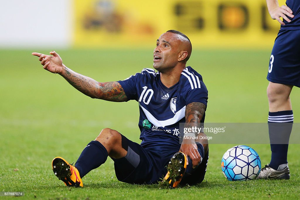 <a gi-track='captionPersonalityLinkClicked' href=/galleries/search?phrase=Archie+Thompson&family=editorial&specificpeople=545649 ng-click='$event.stopPropagation()'>Archie Thompson</a> of the Victory reacts after a contest during the AFC Champions League match between Melbourne Victory and Gamba Osaka at AAMI Park on May 3, 2016 in Melbourne, Australia.