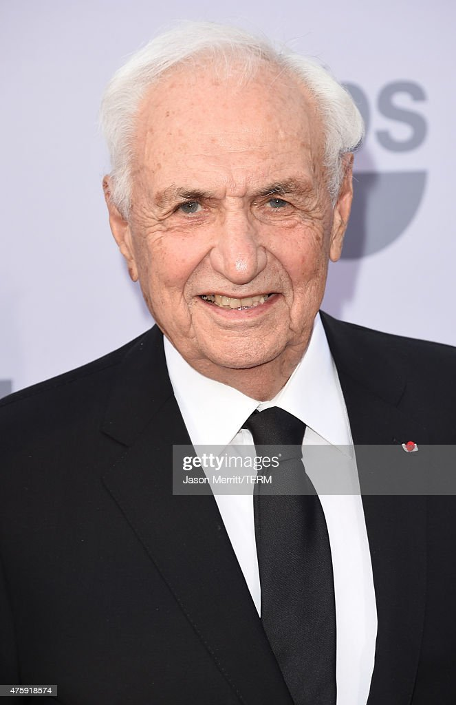 Architect Frank Gehry attends the 2015 AFI Life Achievement Award Gala Tribute Honoring Steve Martin at the Dolby Theatre on June 4 2015 in Hollywood...