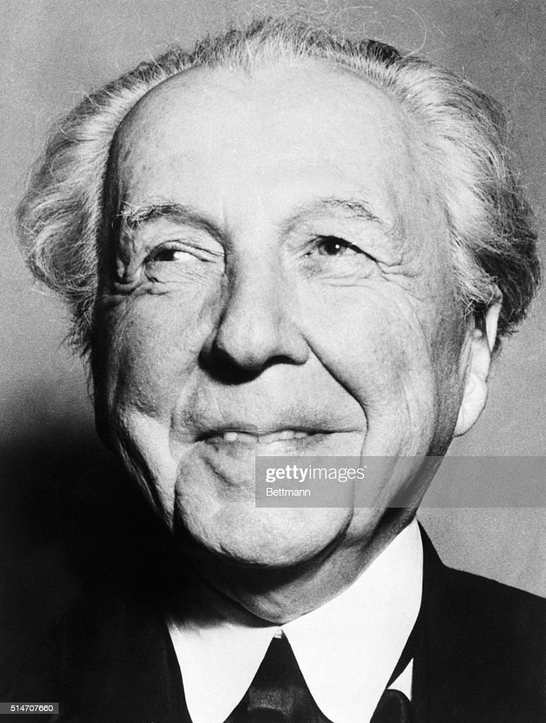 Architect Frank <b>Lloyd Wright</b> has been awarded the Gold Medal for ... - architect-frank-lloyd-wright-has-been-awarded-the-gold-medal-for-by-picture-id514707660