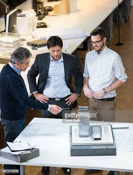 Architekten mit Kunden