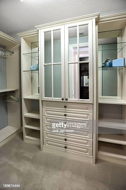 Architecture: Custom closet