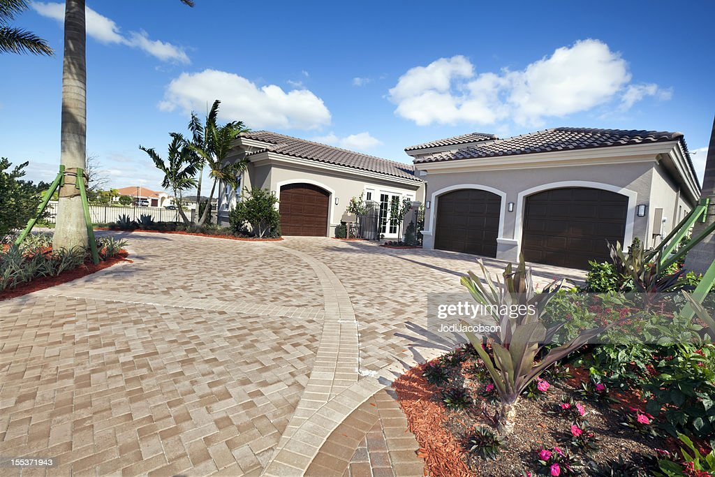 Architecture:Home Exterior : Stock Photo