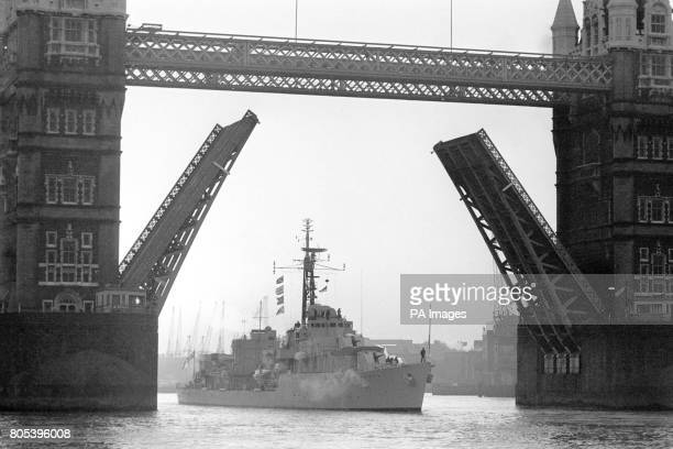 ArchivePA1594051 HMS Caprice the only destroyer in the Royal Navy still at sea that saw active service in WWII arrives under Tower Bridge here this...