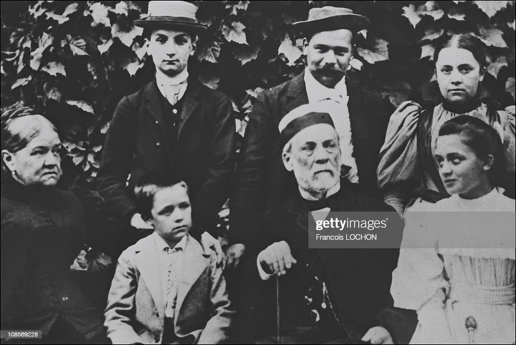 Archives of <a gi-track='captionPersonalityLinkClicked' href=/galleries/search?phrase=Louis+Pasteur&family=editorial&specificpeople=78770 ng-click='$event.stopPropagation()'>Louis Pasteur</a> in France in 1987.