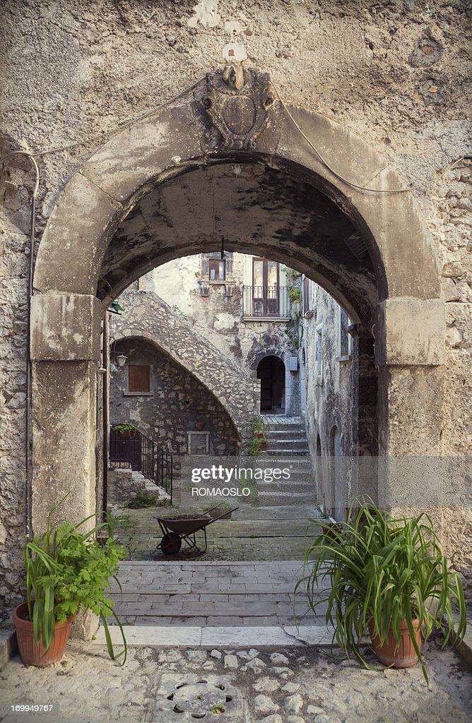 Archway in Santo Stefano di Sessanio - Abruzzo, Italy