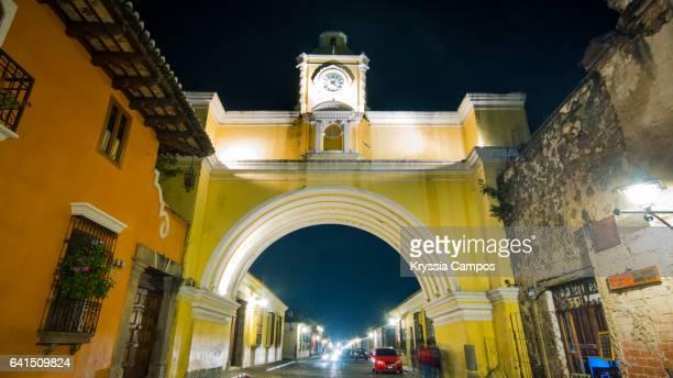 Arco de Santa Catalina (Santa Catalina Arch) by night, Antigua Guatemala