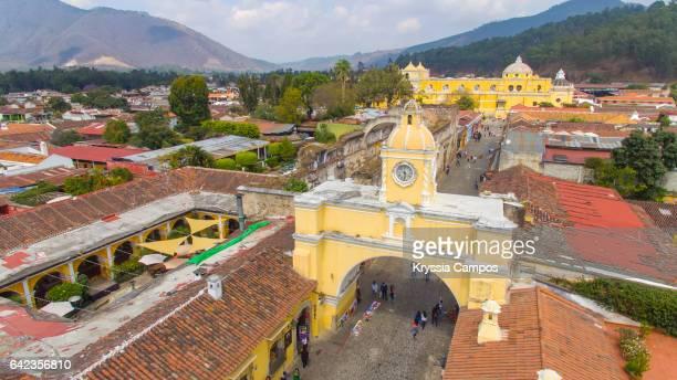 Arco de Santa Catalina (Santa Catalina Arch) in Antigua Guatemala, Elevated view