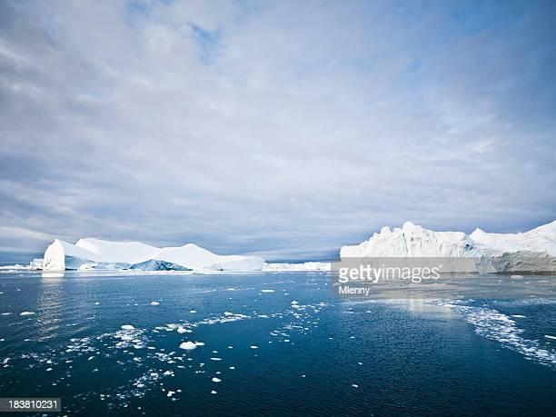 Icebergs et Arctic Ice Floes Ilulissat Fjord North Pole Paysage marin