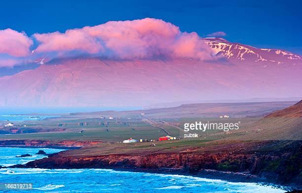 北極ミッドナイトサン、アイスランド