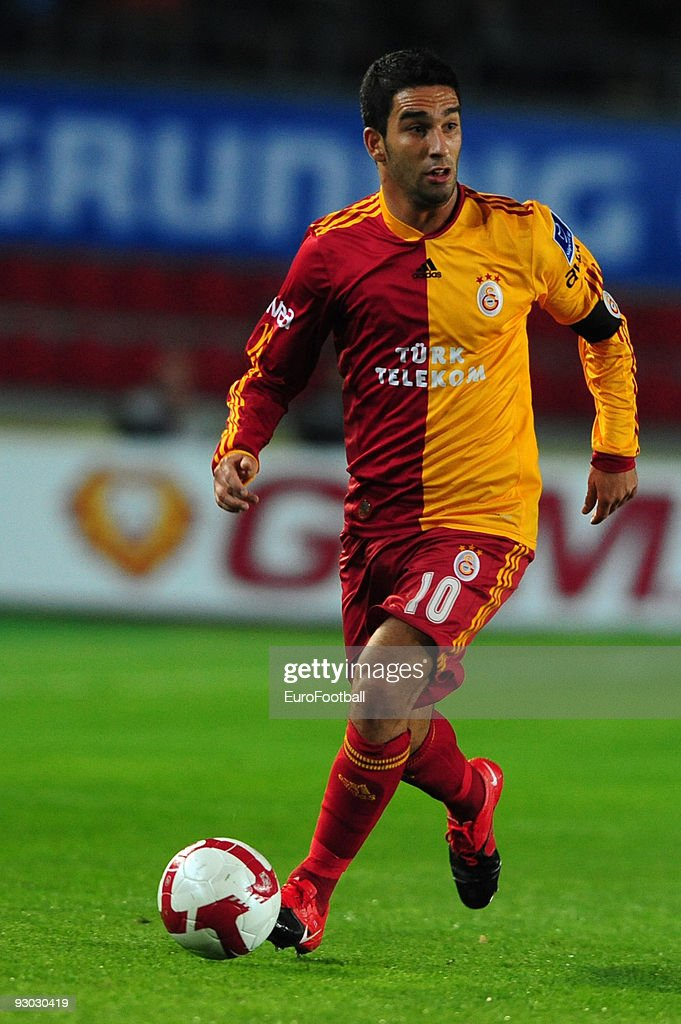 <a gi-track='captionPersonalityLinkClicked' href=/galleries/search?phrase=Arda+Turan&family=editorial&specificpeople=2179402 ng-click='$event.stopPropagation()'>Arda Turan</a> of Galatasaray during the Turkish Super League match between Fenerbahce and Galatasaray held on October 25, 2009 at Sukru Saracoglu Stadium in Istanbul, Turkey.