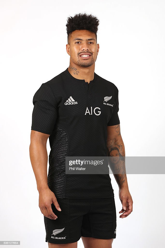 <a gi-track='captionPersonalityLinkClicked' href=/galleries/search?phrase=Ardie+Savea&family=editorial&specificpeople=8836502 ng-click='$event.stopPropagation()'>Ardie Savea</a> of the All Blacks poses for a portrait during a New Zealand All Black portrait session on May 29, 2016 in Auckland, New Zealand.
