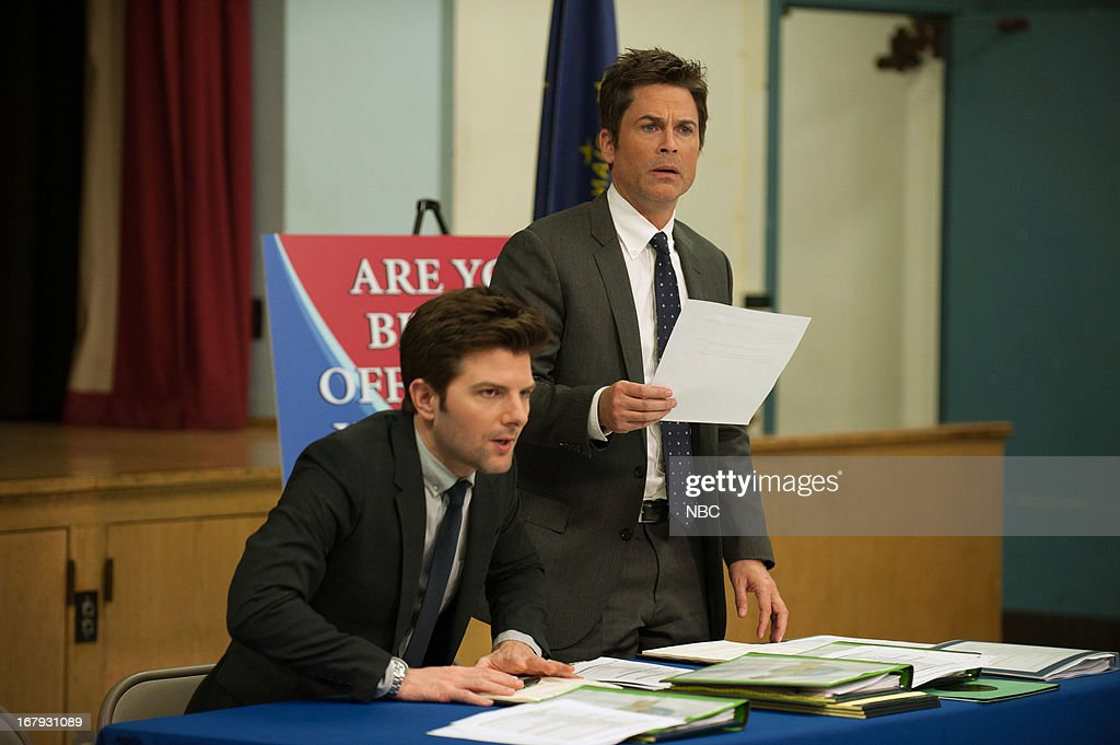 RECREATION -- 'Are You Better Off?' Episode 522 -- Pictured: (l-r) Adam Scott as Ben Wyatt, <a gi-track='captionPersonalityLinkClicked' href=/galleries/search?phrase=Rob+Lowe&family=editorial&specificpeople=211607 ng-click='$event.stopPropagation()'>Rob Lowe</a> as Chris Traeger --