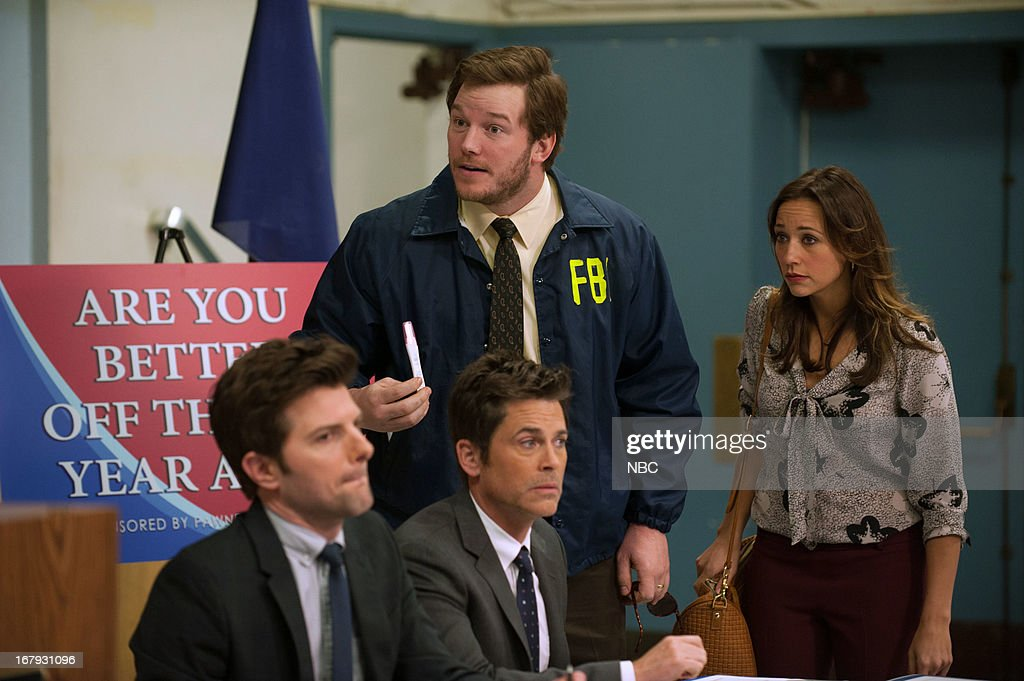 RECREATION -- 'Are You Better Off?' Episode 522 -- Pictured: (l-r) Adam Scott as Ben Wyatt, <a gi-track='captionPersonalityLinkClicked' href=/galleries/search?phrase=Rob+Lowe&family=editorial&specificpeople=211607 ng-click='$event.stopPropagation()'>Rob Lowe</a> as Chris Traeger, <a gi-track='captionPersonalityLinkClicked' href=/galleries/search?phrase=Chris+Pratt+-+Actor&family=editorial&specificpeople=239084 ng-click='$event.stopPropagation()'>Chris Pratt</a> as Andy, <a gi-track='captionPersonalityLinkClicked' href=/galleries/search?phrase=Rashida+Jones&family=editorial&specificpeople=2133481 ng-click='$event.stopPropagation()'>Rashida Jones</a> as Ann Perkins --