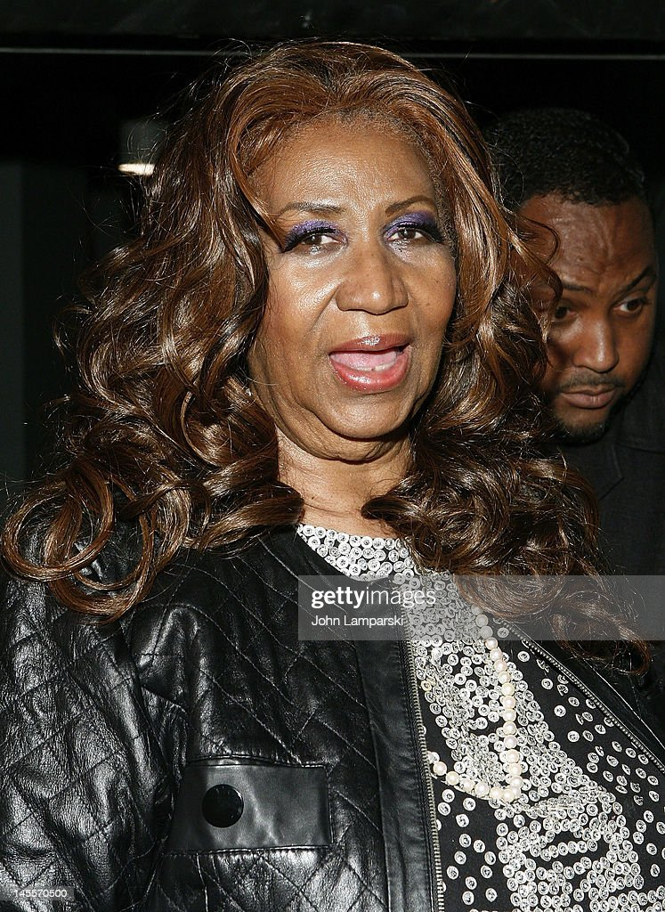 <a gi-track='captionPersonalityLinkClicked' href=/galleries/search?phrase=Aretha+Franklin&family=editorial&specificpeople=210665 ng-click='$event.stopPropagation()'>Aretha Franklin</a> attends 'A Streetcar Named Desire' at The Broadhurst Theatre on June 1, 2012 in New York City.