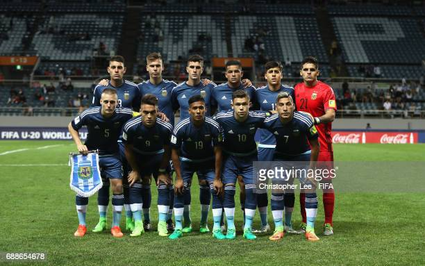 Argentina first eleven during the FIFA U20 World Cup Korea Republic 2017 group A match between Guinea and Argentina at Jeju World Cup Stadium on May...