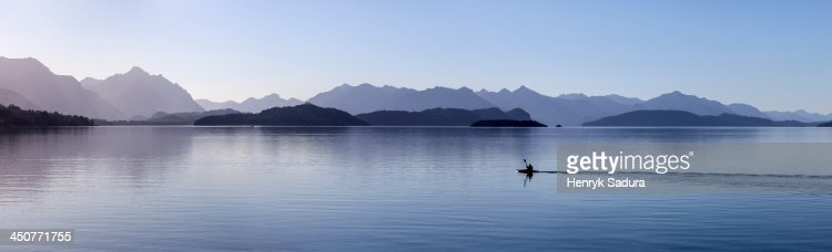 Argentina, San Carlos de Bariloche, View of lake and mountains