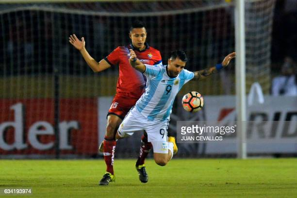 Argentina's Atletico Tucuman player Fernando Zampedri vies for the ball with Ecuador's Nacional Franklin Guerra during their 2017 Copa Libertadores...