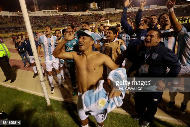 Argentina's Atletico Tucuman players celebrate their victory over Ecuadorean El Nacional in their 2017 Copa Libertadores football match at Olimpico...