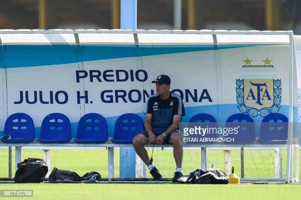 Argentina's coach Edgardo Bauza during a training session in Ezeiza Buenos Aires on March 25 2017 ahead of a 2018 FIFA World Cup Russia South...