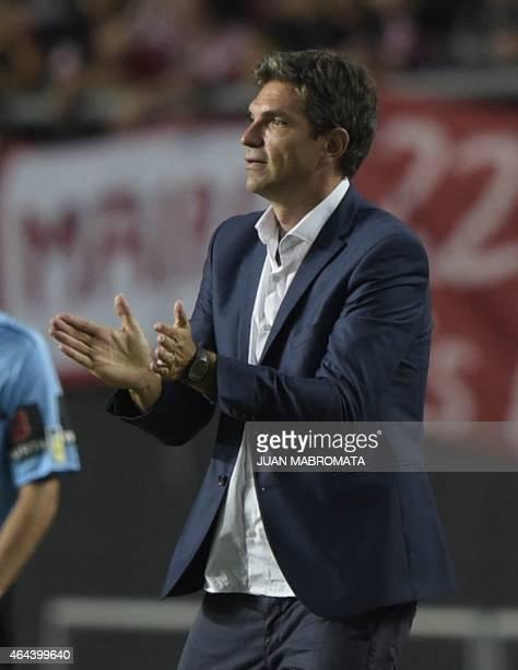 Argentina's Estudiantes de La Plata coach Mauricio Pellegrino gestures during the Copa Libertadores 2015 group 7 football match against Ecuador's...