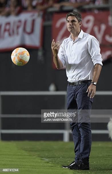 Argentina's Estudiantes de La Plata coach Mauricio Pellegrino gestures during their Copa Libertadores 2015 group 7 football match against Paraguay's...