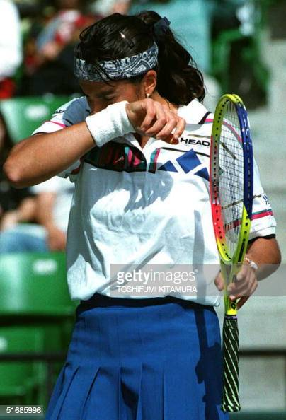 gabriela sabatini sweat - photo #1