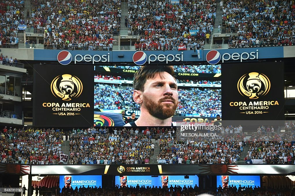 Argentina's Lionel Messi is seen in a giant screen before the Copa America Centenario final match Argentina vs Chile in East Rutherford, New Jersey, United States, on June 26, 2016. / AFP / NELSON