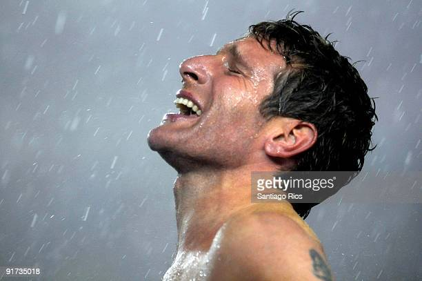 Argentina´s Martin Palermo celebrates the victory of 2x 1 against Peru as part of World 2010 Cup Qualifier at Monumental Stadium on October 10 2009...