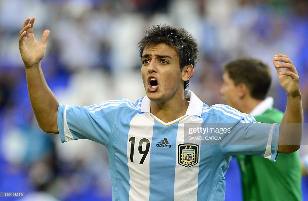 Argentina's midfielder Juan Ignacio Cavallaro reacts after his goal was disallowed by Uruguay's referee Daniel Fedorczuk during their Group A South American U-20 qualifier football match against Bolivia at Malvinas Argentinas stadium in Mendoza, Argentina, on January 13, 2013. Four teams will qualify for the FIFA U-20 World Cup Turkey 2013.