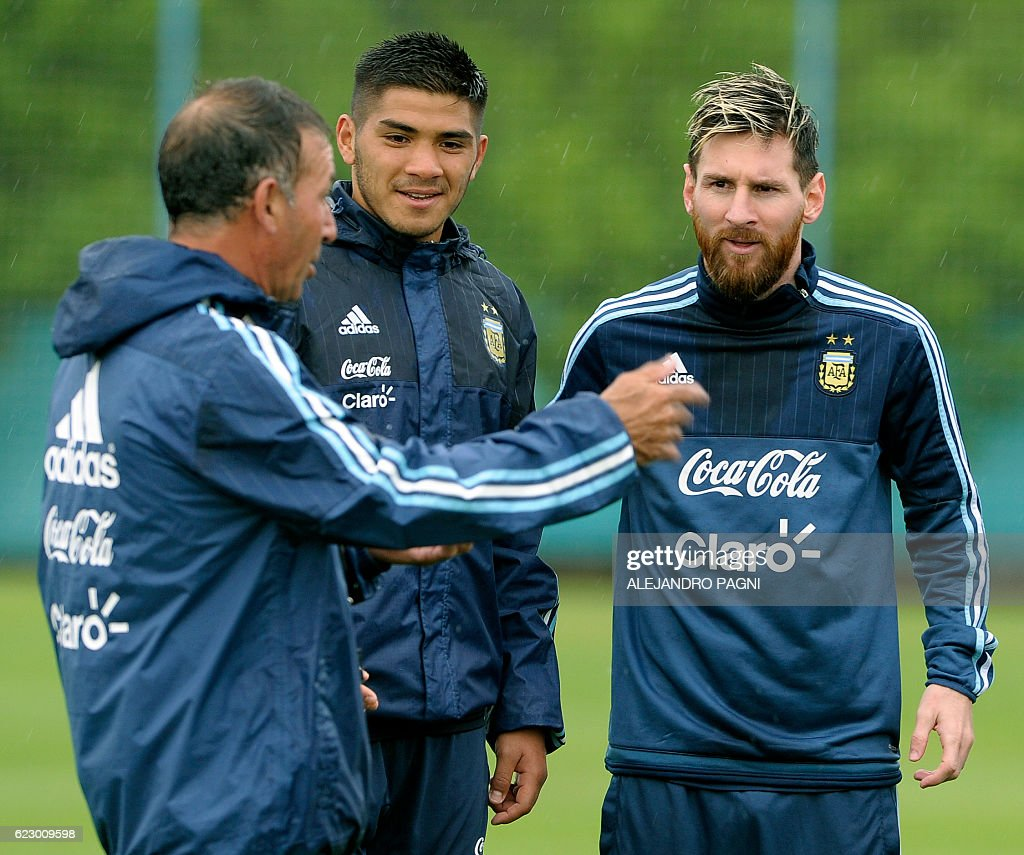 FBL-WC-2018-ARG-TRAINING : News Photo