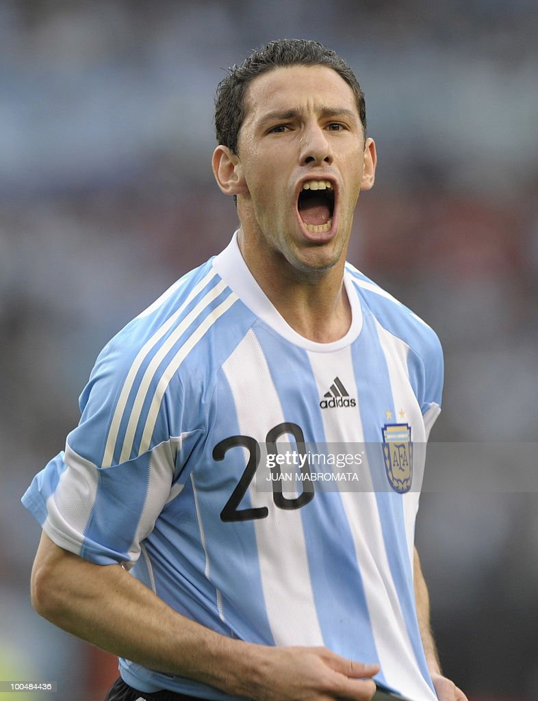 Argentina's midfielder Maxi Rodriguez celebrates after scoring against Canada during a friendly football match at Monumental stadium in Buenos Aires, on May 24, 2010. Argentina flies to Johannesbourg on May 28, to take part in the 2010 FIFA World Cup South Africa. AFP PHOTO / Juan Mabromata
