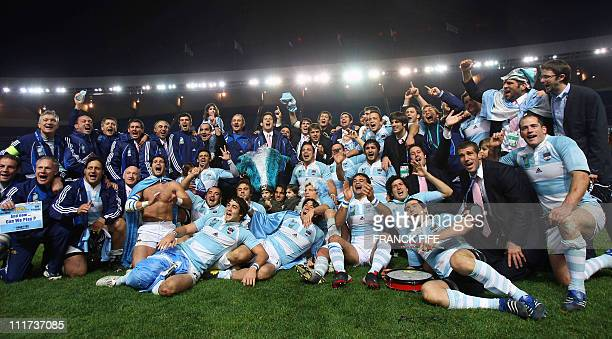 Argentina's national rugby team jubilates after winning the rugby union World Cup third place final match France vs Argentina 19 October 2007 at the...
