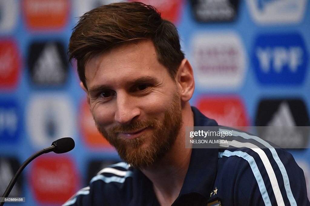 Argentina's national team player Lionel Messi adresses a press conferencein East Rutherford, New Jersey on June 24, 2016. Argentina will face Chile on June 26 in their final match of the Copa America Centenario. / AFP / NELSON