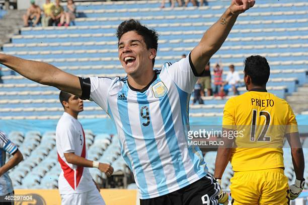Argentina's player Giovanni Simeone celebrates the goal against Peru during their South American U20 football match at the Centenario Stadium in...