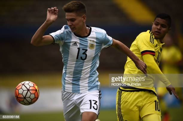 Argentina's player Juan Foyth vies for the ball with Colombia's player Juan Hernandez during their South American Championship U20 football match in...