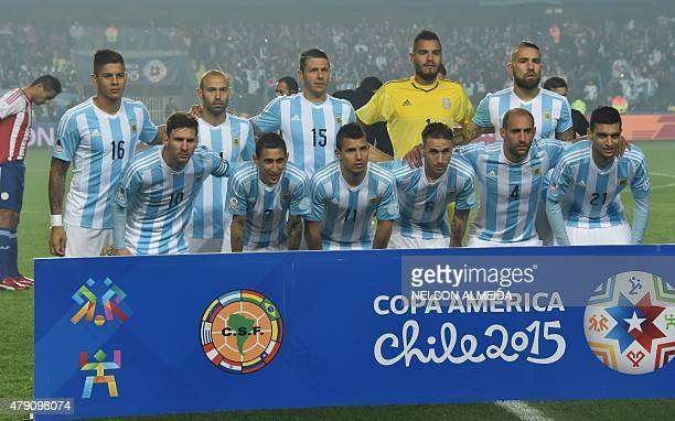 Argentina's players pose before their Copa America semifinal football match against Paraguay in Concepcion Chile on June 30 2015 AFP PHOTO / NELSON...