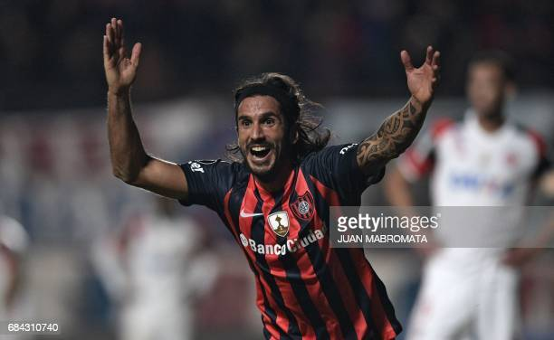 Argentina's San Lorenzo defender Marcos Angeleri celebrates after scoring a goal against Brazil's Flamengo during the Copa Libertadores 2017 group 4...