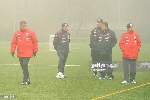 Argentine coach of Chile Claudio Borghi looks on during a training at Spiserwies stadium November 13 2012 in Sait Gallen Switzerland Chile will play...