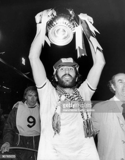 Argentine Ricardo Villa celebrates with the FA Cup after beating Manchester City in the final Villa signed for Tottenham Hotspur together with fellow...
