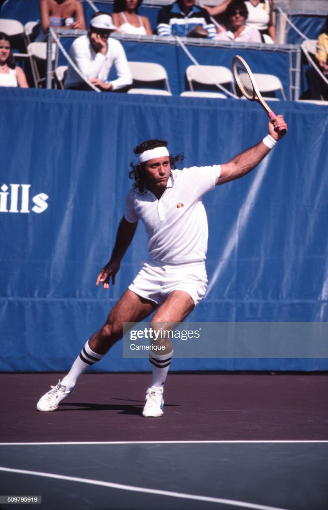 Argentinean tennis player <a gi-track='captionPersonalityLinkClicked' href=/galleries/search?phrase=Guillermo+Vilas&family=editorial&specificpeople=605489 ng-click='$event.stopPropagation()'>Guillermo Vilas</a> in action on the court, September 1982.