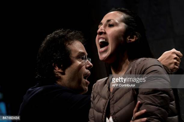 Argentinian conductor Leonardo Garcia Alarcon leads a baroque orchestra next to Argentinian soprano Mariana Flores on September 15 2017 in the...
