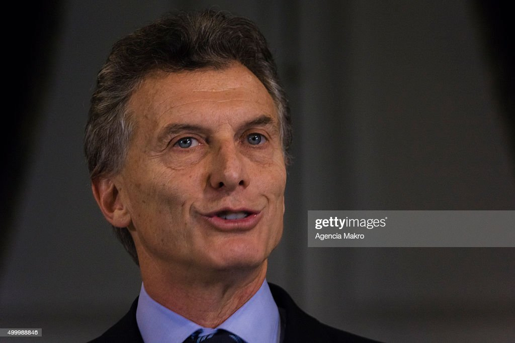 Argentinian elected President <a gi-track='captionPersonalityLinkClicked' href=/galleries/search?phrase=Mauricio+Macri&family=editorial&specificpeople=773012 ng-click='$event.stopPropagation()'>Mauricio Macri</a> gives a speech during his visit to the Palacio de la Moneda on December 04, 2015 in Santiago, Chile.