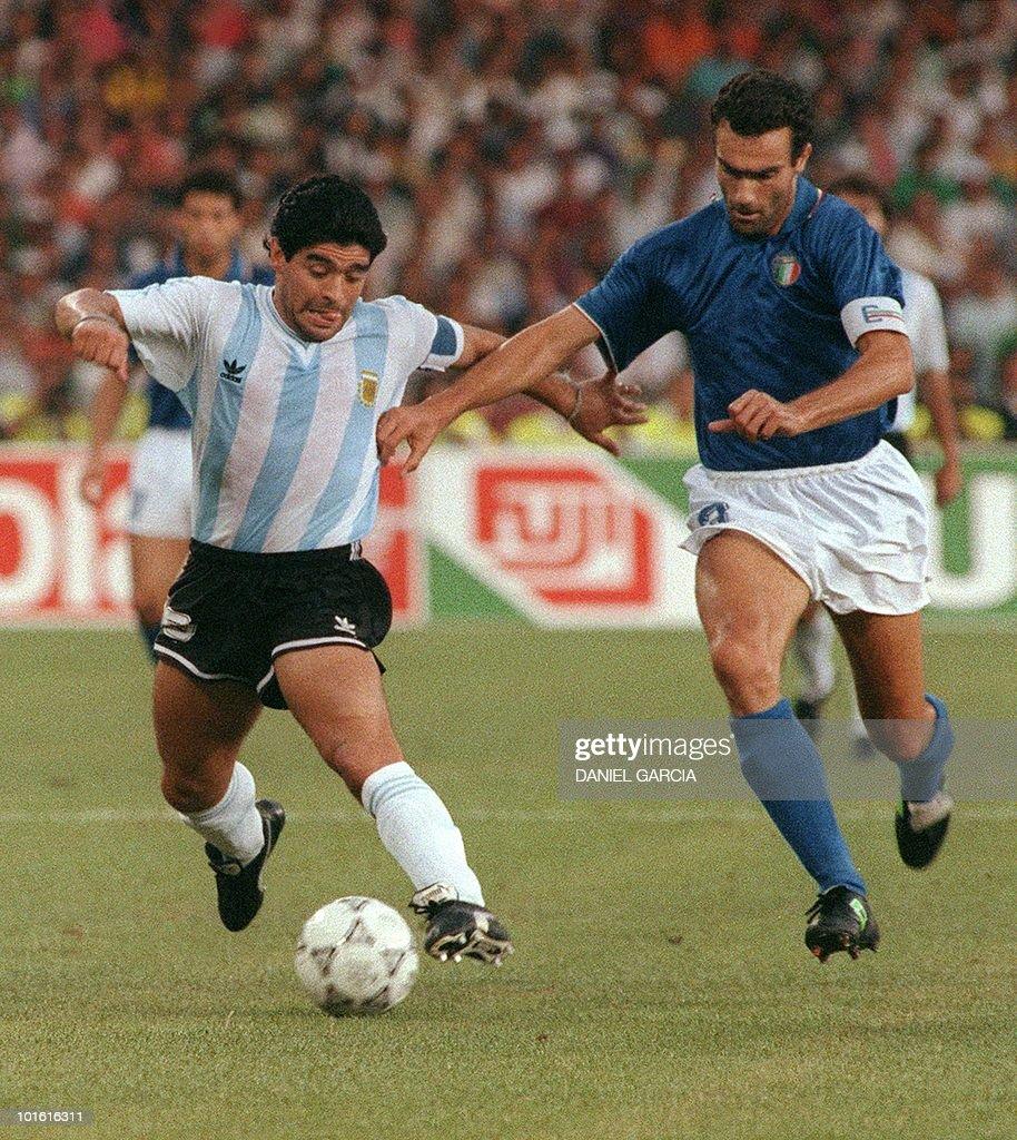 Argentinian forward Diego Maradona L t