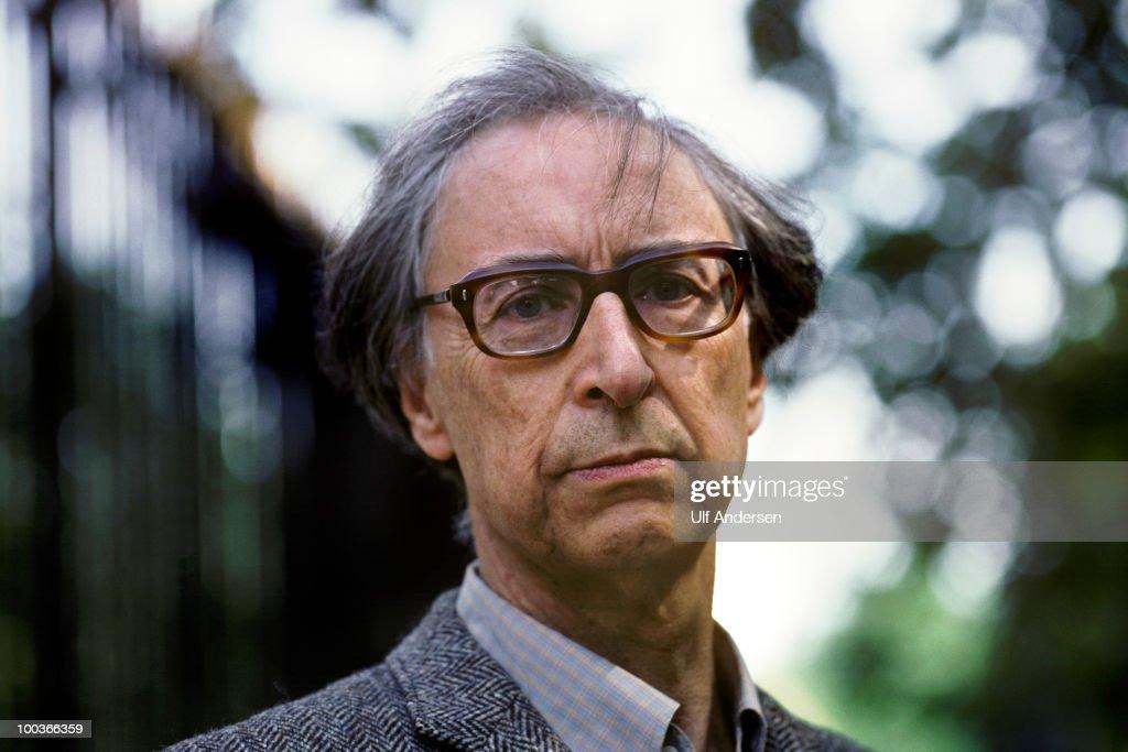 PARIS, FRANCE - APRIL 2. Argentinian poet and writer Arnaldo Calveyra at a portrait session on April 2, 1996 Paris, France.