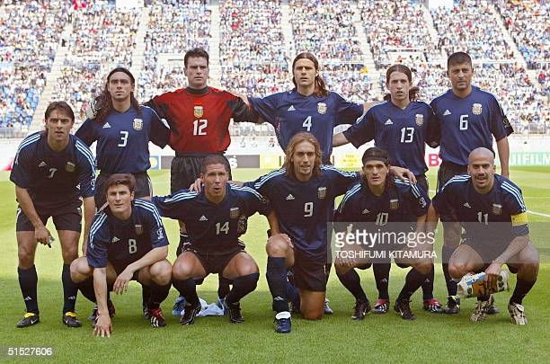 Argentinian team poses for photographer before the Argentina/Nigeria Group F match of the first round of the 2002 FIFA World Cup Korea Japan 02 June...