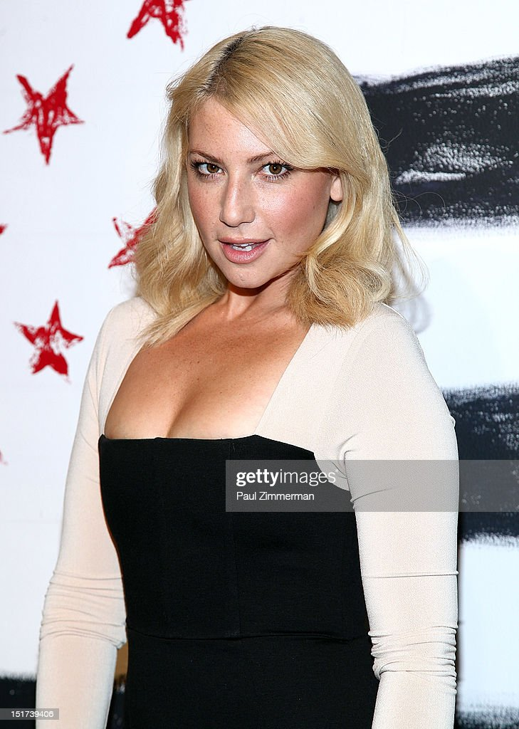 Ari Graynor attends the Alice + Olivia By Stacey Bendet show during Spring 2013 Mercedes-Benz Fashion Week at Century 548 on September 10, 2012 in New York City.