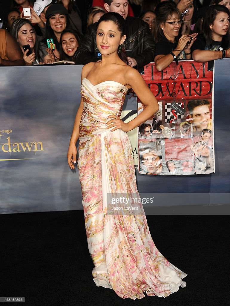 <a gi-track='captionPersonalityLinkClicked' href=/galleries/search?phrase=Ariana+Grande&family=editorial&specificpeople=5586219 ng-click='$event.stopPropagation()'>Ariana Grande</a> attends the premiere of 'The Twilight Saga: Breaking Dawn - Part 2' at Nokia Theatre L.A. Live on November 12, 2012 in Los Angeles, California.