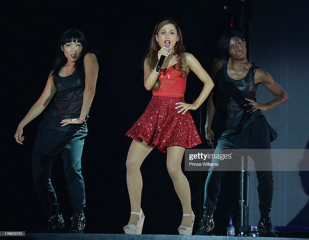 <a gi-track='captionPersonalityLinkClicked' href=/galleries/search?phrase=Ariana+Grande&family=editorial&specificpeople=5586219 ng-click='$event.stopPropagation()'>Ariana Grande</a> performs at Phillips Arena on August 10, 2013 in Atlanta, Georgia.